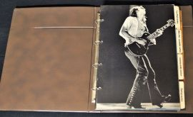 Gibson Mid 70`s Dealer Hardback catalogue
